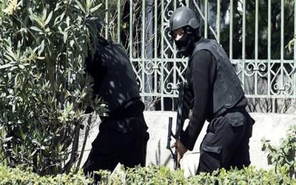 Echange de tirs à la caserne de Bouchoucha à Tunis
