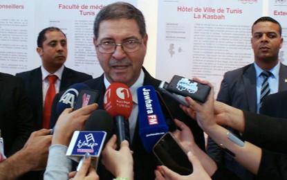 Une panne électrique retarde la visite de Habib Essid à Bruxelles