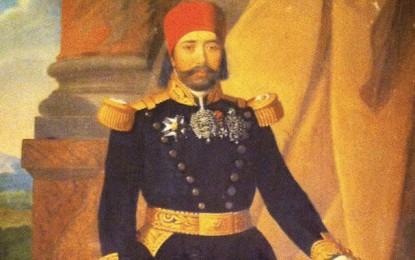 Les héritiers de Mustapha Khaznadar peuvent-ils récupérer leurs biens confisqués?