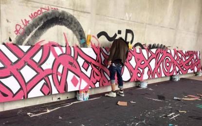 Les graffs du Gabésien El Seed sur le Pont des Amoureux à Paris
