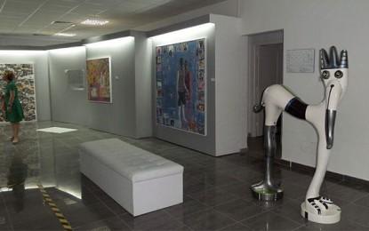 Exposition : Talan met des couleurs dans la ZI de la Charguia
