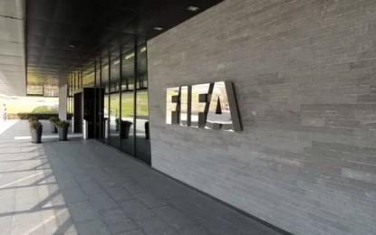 Football : L'organisation du Mondial pourrait être enlevée à la Russie et au Qatar