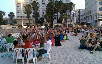 Sousse: Îftar sur la plage pour défier le terrorisme