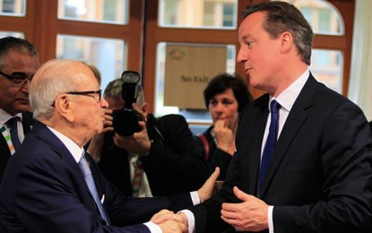 Tunisie: David Cameron sévèrement critiqué en Grande-Bretagne