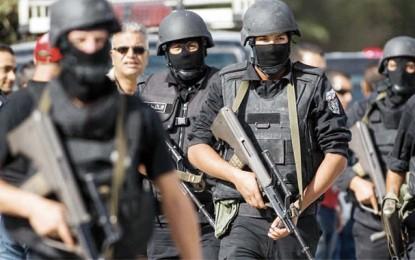 Front populaire: L'état d'urgence est un coup d'épée dans l'eau