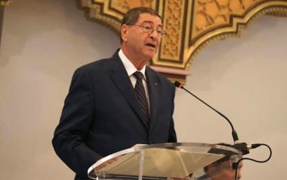 Habib Essid: «La Tunisie ne doit pas compter seulement sur le tourisme»