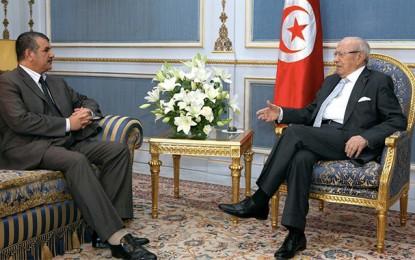 Hechmi Hamdi : «Un Front national pour faire face à la crise»