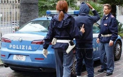 Un Tunisien arrêté en Italie pour avoir agressé une dame âgée