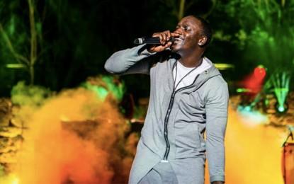 Akon, une comète dans le ciel de Carthage