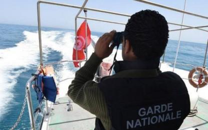 Migration clandestine : Un corps repêché et 14 rescapés au large de Sfax