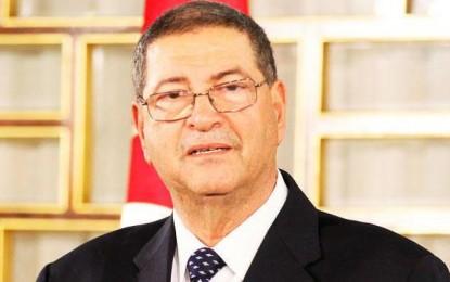 Habib Essid : «Le remaniement ministériel après l'adoption du budget de l'Etat»