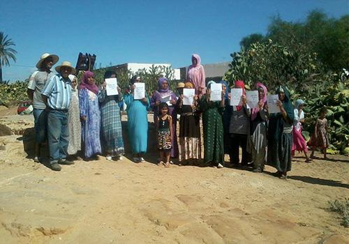 Habitants-de-El-Messaid-protestent