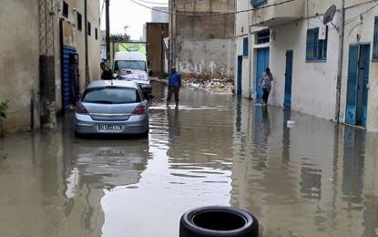 Pluies : Inondations dans plusieurs quartiers de Tunis