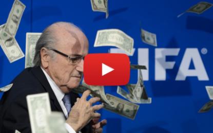 FIFA: Blatter suspecté d'abus de confiance