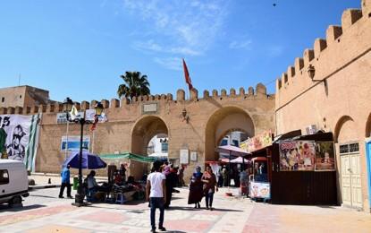 Kairouan : Un agent pénitentiaire menace de s'immoler par le feu