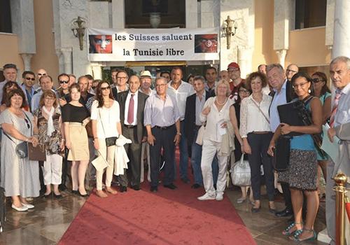 Les-Suisses-saluent-la-Tunisie-libre