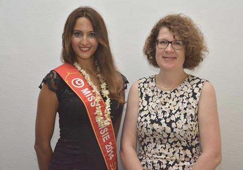 _Miss-Tunisie-2014-Wahiba-Arres-et-son-excellence-Rita-Adam,-ambassadrice-de-la-Suisse-en-Tunisie