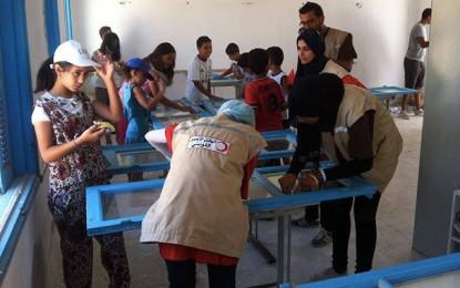 Gabès : Des citoyens redonnent des couleurs à l'école Nahal