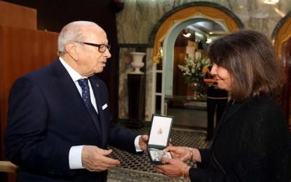 Abdelwahab Meddeb décoré à titre posthume
