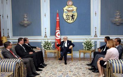 Nabil Karoui derrière la rencontre de Caïd Essebsi avec la Jeunesse d'Ennahdha (vidéo)