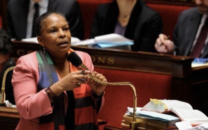 Attentat du Bardo : Les victimes françaises font monter la pression