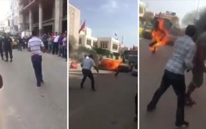 Sfax : Un homme met le feu à son corps et fonce sur la foule (Vidéo)