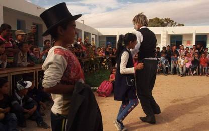 Education: Le théâtre à l'école
