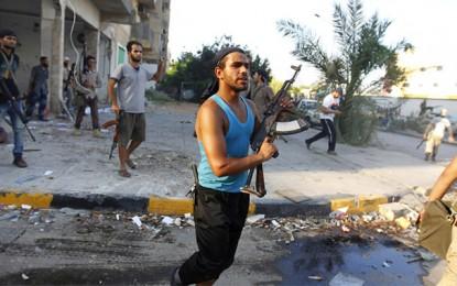 Libye : 10 Tunisiens enlevés par un groupe armé près de Tripoli