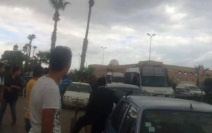 Sfax : Une dizaine d'arrestations à la mosquée Sidi Lakhmi (vidéo)