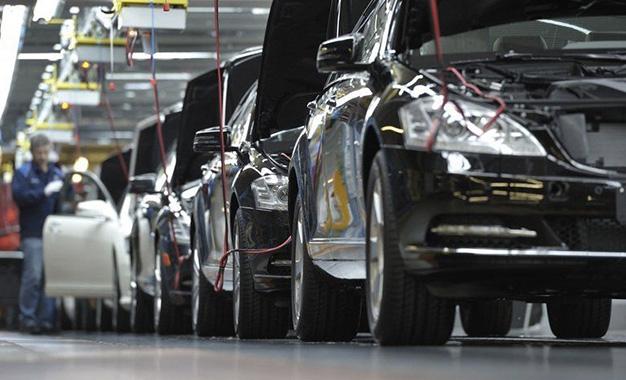 Tunisie les concessionnaires automobiles montent au for Chambre de commerce tunisienne