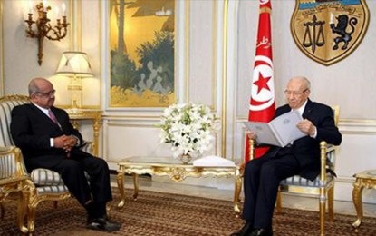Attentat de Tunis : Condoléances de Bouteflika à Caïd Essebsi