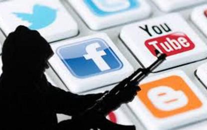 Arrestation d'administrateurs de pages incitant au terrorisme
