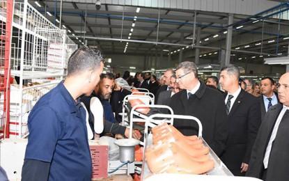 Après Kairouan, Essid visitera 3 régions avant la fin de l'année