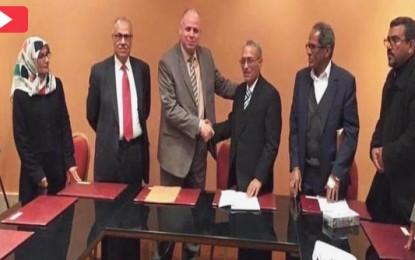 Libye : Un accord est signé entre les deux camps à Tunis