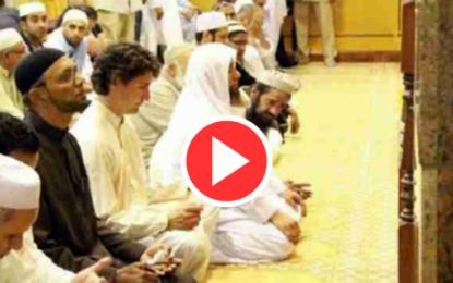 Canada: Justin Trudeau, Négus des temps modernes, prie dans une mosquée!