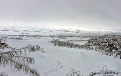 Chutes de neige : Plusieurs routes encore bloquées