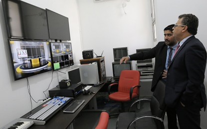 Audio-visuel : Noomane Fehri rend visite à l'IINA