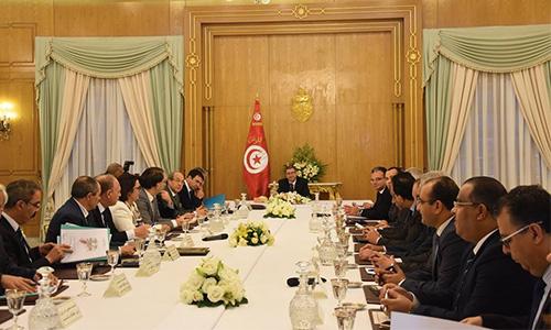 Le paradoxe de la crise tunisienne Reunion-gouvernement-2