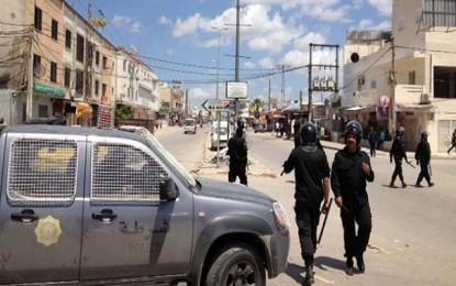 Tunisie: Calme précaire après une nuit agitée