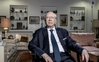 Le comportement autoritaire de Caïd Essebsi pointé par Freedom House