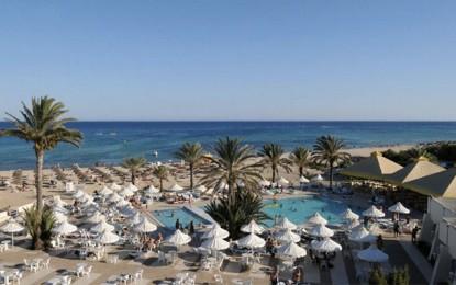 L'hôtel Omar Khayam répond aux allégations de clients anglais