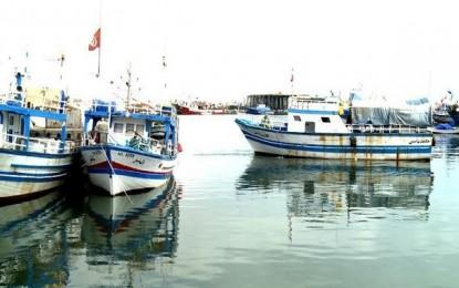 Quatre chalutiers tunisiens arraisonnés par des Libyens