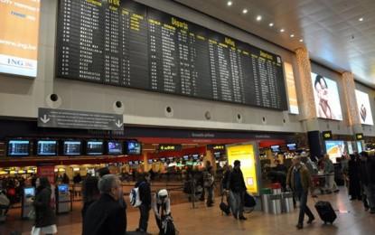 Deux explosions à l'aéroport de Bruxelles