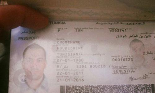 Suspension De 3 Policiers Dans L Affaire Du Passeport De Noureddine