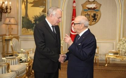 Ayrault : La France aux côtés de la Tunisie dans son combat contre le terrorisme