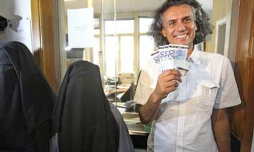 Nekkaze paie les amendes des femmes en niqab en France