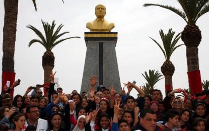 16e anniversaire du décès de Bourguiba : Qu'avons-nous fait de plus qu'une statue?!