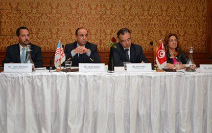 Slim Chaker : La Tunisie a besoin d'un coup de pouce de ses partenaires internationaux