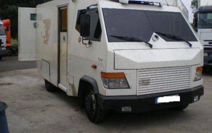 La police recherche les braqueurs d'une voiture de transport de fonds