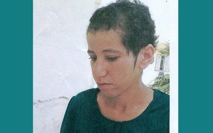 Tunis : Une jeune fille perdue au Belvédère